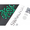 2058 Swarovski - Emerald 40st (ca.2.6mm)